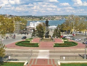 Севастополь — город служитель