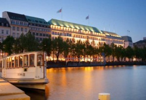 Fairmont Hotel Vier Jahreszeiten эталон роскоши и исключительного сервиса